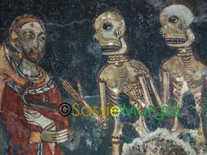 sei-su-immagine-raffigurante-particolare-affresco-federico-secondo-di-svevia-nella-chiesa-rupestre-di-santa-margherita-a-melfi