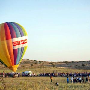 sei-su-immagine-raffigurante-un-momento-dell-edizione-2014-del-matera-ballon-festival