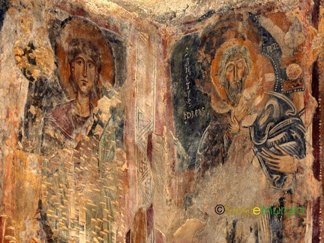 sei-su-immagine-raffigurante-palinsesto-di-affreschi-in-chiesa-rupestre-di-San-Giovanni-in-Monterrone