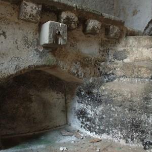 sei-su-immagine-raffigurante-un-palmento-scavato-nella-roccia